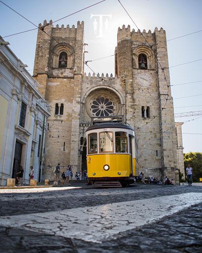 Lisbon-Famous-Trams