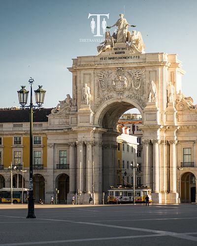 Main-square-in-Lisbon